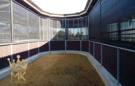 space for storage of the rail-gliding horsewalker