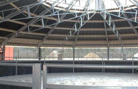スカイウォーカー:Stabipolの屋根と黒のプラスチックボード