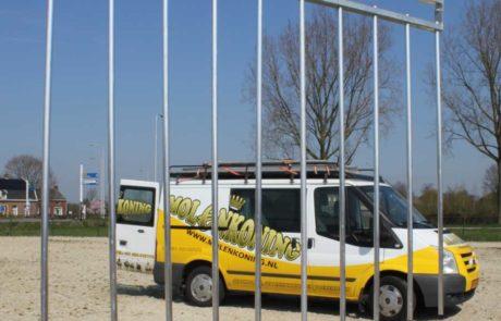 Cancello (push gate) con barre di alluminio