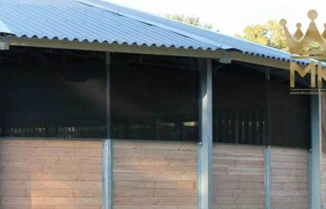 Rete frangivento trasparente per la massima chiarezza dentro il tetto